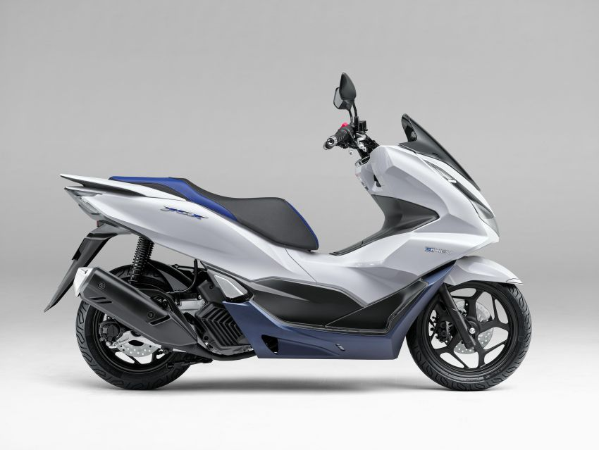2021 Honda PCX 160 and PCX e:HEV in Japan – major overall makeover, more engine power, 15.8 PS, 15 Nm Image #1222835