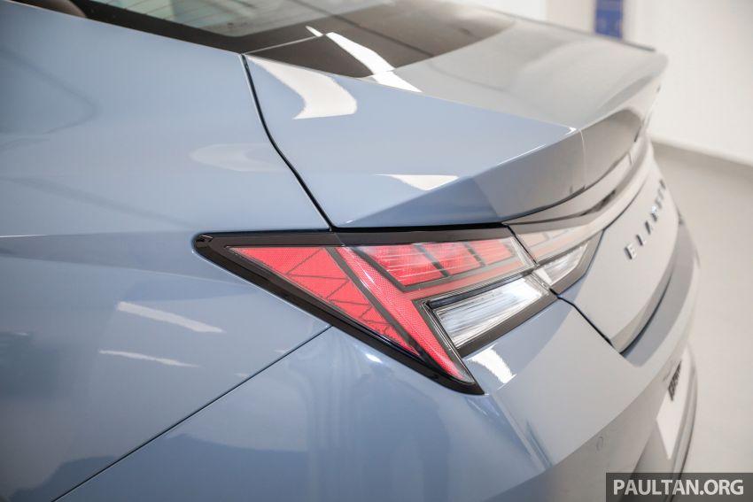 Hyundai Elantra 2021 dilancar di Malaysia minggu depan – spesifikasi penuh sedan 1.6L IVT didedahkan Image #1220168
