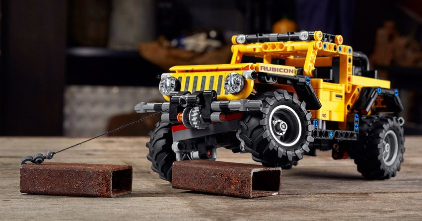 Lego Technic Jeep Wrangler Rubicon revealed – 665-piece set with articulating suspension and winch Image #1220653
