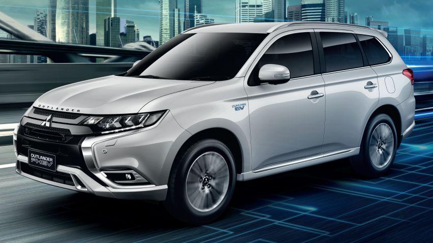 Mitsubishi Outlander PHEV kini di Thai – 55 km bagi pacuan semua-elektrik, 52.6 km per liter, dari RM221k Image #1219153