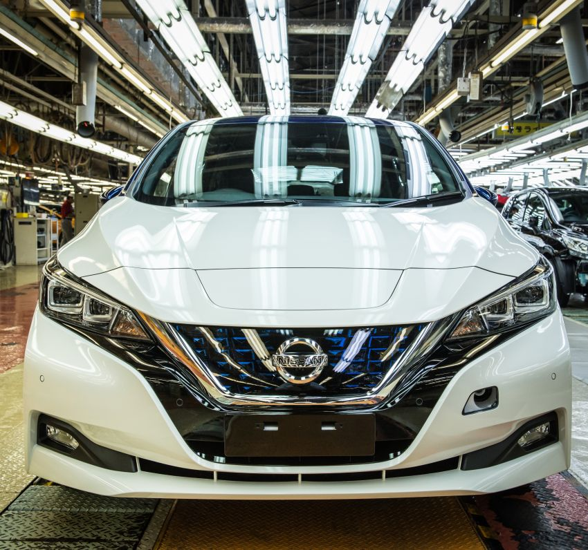 Nissan Leaf turns ten years old: over 500,000 EVs sold Image #1221034