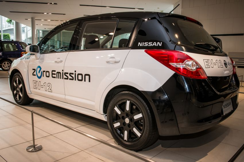 Nissan Leaf turns ten years old: over 500,000 EVs sold Image #1221057