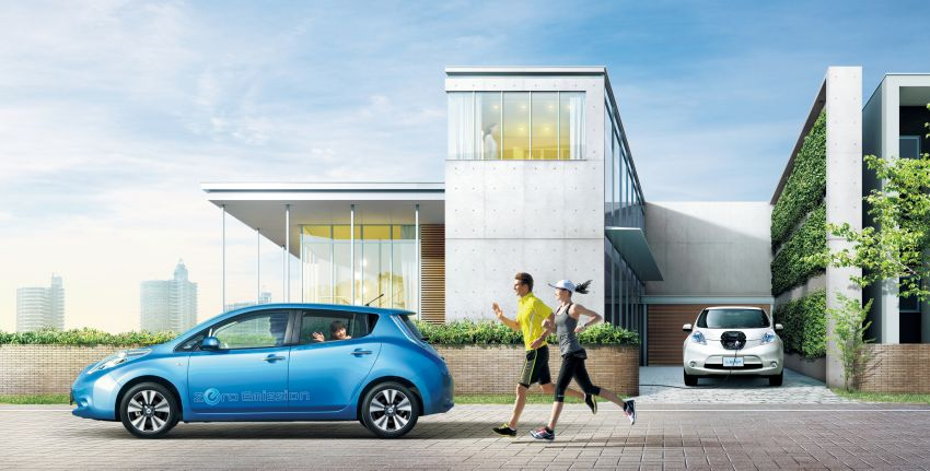 Nissan Leaf turns ten years old: over 500,000 EVs sold Image #1221059