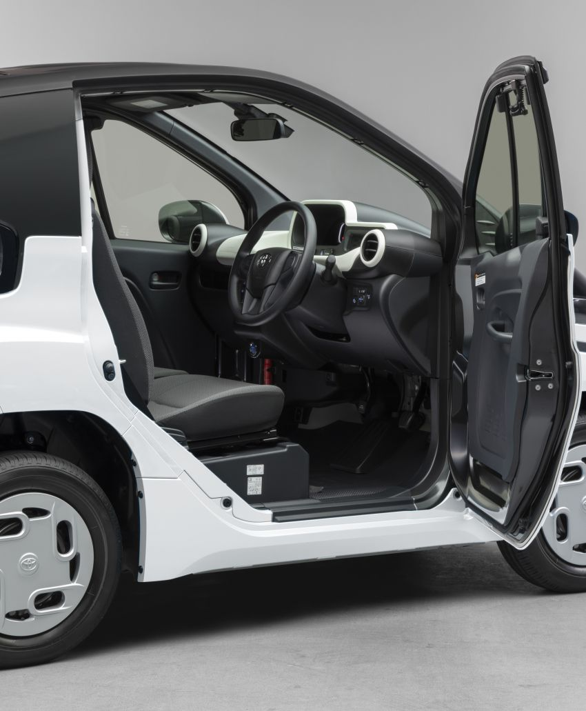 Toyota C+pod debuts in Japan – two-seater urban EV with 150 km range, launch for end users in 2022 Image #1228487