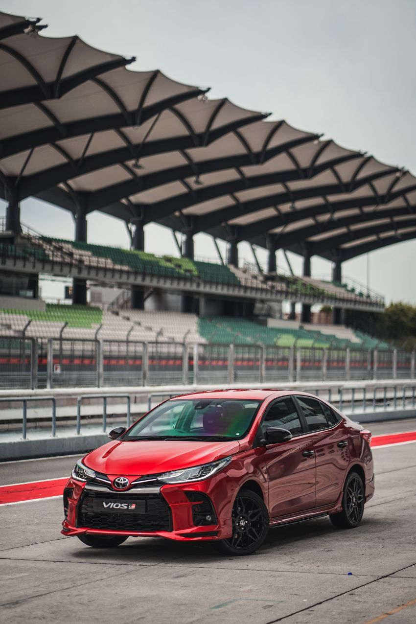 """Toyota Vios GR-S launched in Malaysia – """"10-speed"""" CVT, sports suspension, 17-inch rims; from RM95k Image #1225272"""