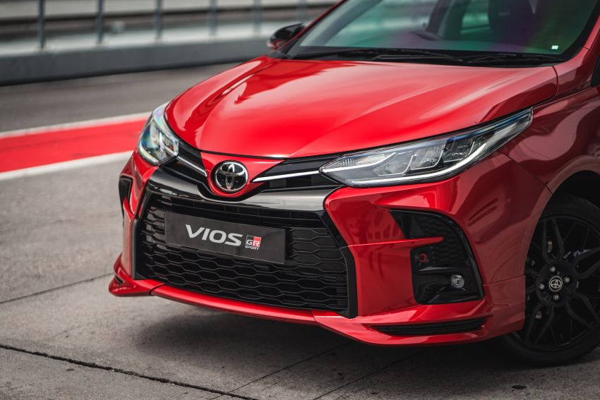 """Toyota Vios GR-S launched in Malaysia – """"10-speed"""" CVT, sports suspension, 17-inch rims; from RM95k Image #1225275"""