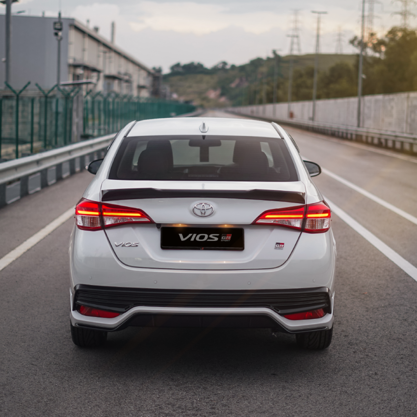 """Toyota Vios GR-S launched in Malaysia – """"10-speed"""" CVT, sports suspension, 17-inch rims; from RM95k Image #1225248"""