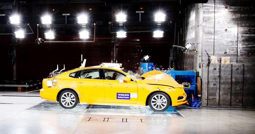 Volvo Cars Safety Centre multifunction facility turns 20 Image #1220599