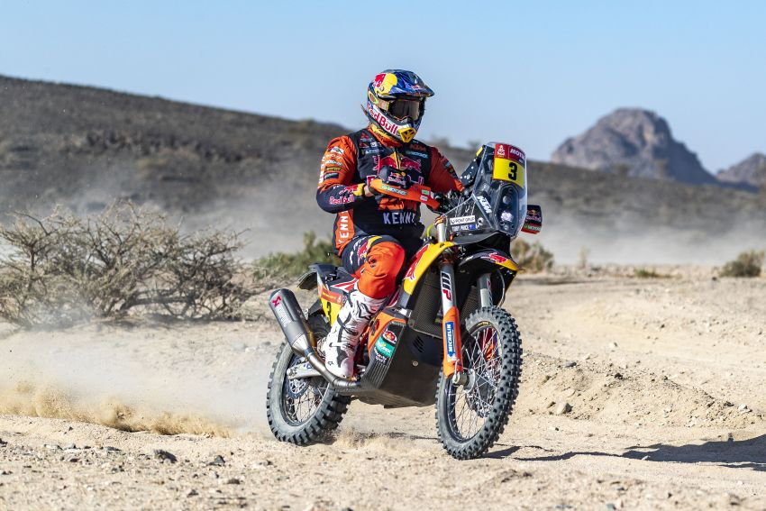2021 Dakar Rally sees KTM's Toby Price lead the pack Image #1230432