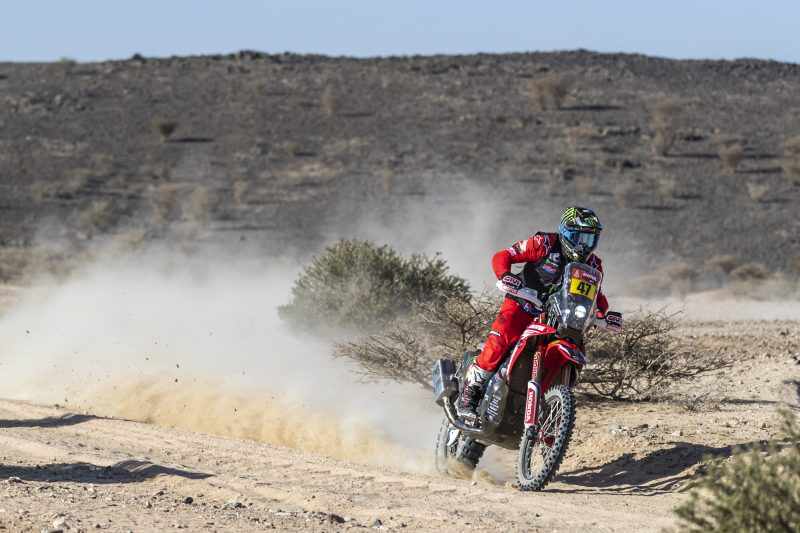 2021 Dakar Rally sees KTM's Toby Price lead the pack Image #1230419