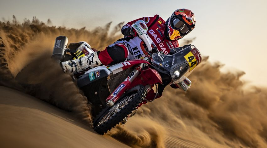 2021 Dakar Rally sees KTM's Toby Price lead the pack Image #1230425