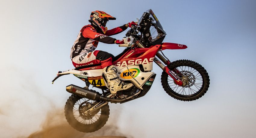 2021 Dakar Rally sees KTM's Toby Price lead the pack Image #1230426