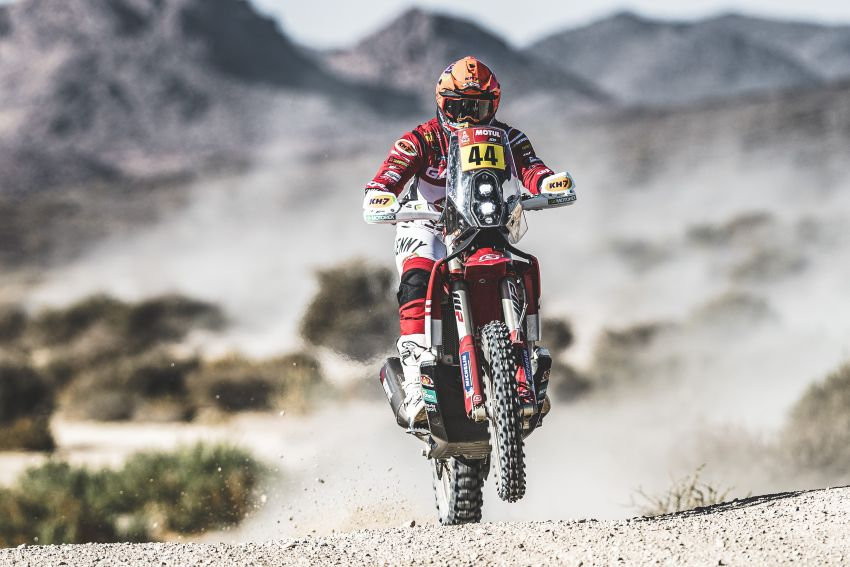2021 Dakar Rally sees KTM's Toby Price lead the pack Image #1230428