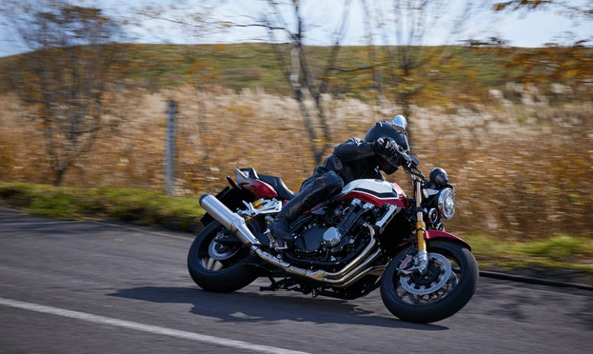 2021 Honda CB1300 Super in Japan – four variants Image #1233425