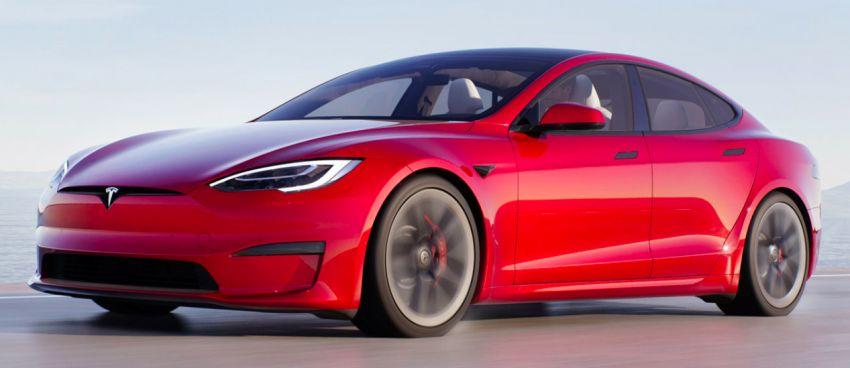 2021 Tesla Model S facelift – new interior with half-rim steering yoke, onboard gaming computer, 1,020 hp Image #1241442