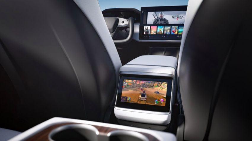 2021 Tesla Model S facelift – new interior with half-rim steering yoke, onboard gaming computer, 1,020 hp Image #1241432