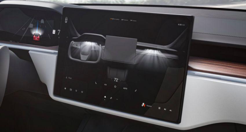 2021 Tesla Model S facelift – new interior with half-rim steering yoke, onboard gaming computer, 1,020 hp Image #1241429