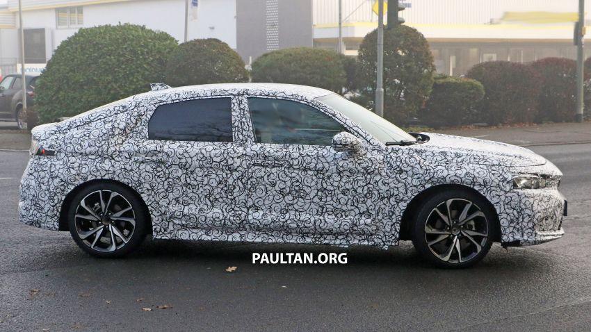 SPIED: 2022 Honda Civic Hatchback caught testing Image #1232078