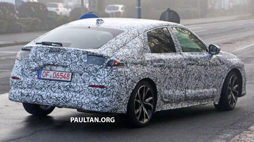 SPIED: 2022 Honda Civic Hatchback caught testing Image #1232082