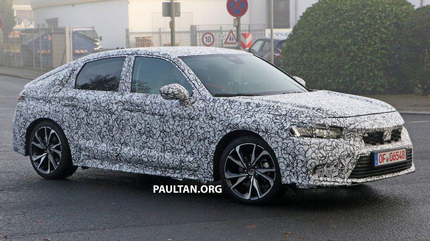 SPIED: 2022 Honda Civic Hatchback caught testing Image #1232075