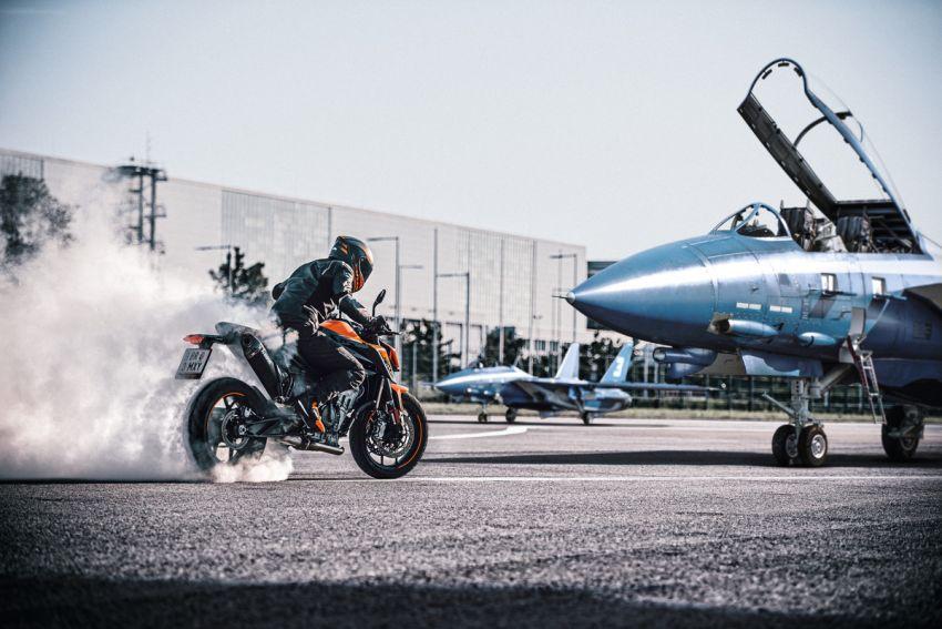 2021 KTM 890 Duke revealed, 889 cc, 115 hp, 92 Nm Image #1237236