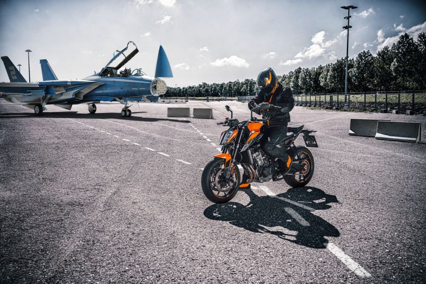 2021 KTM 890 Duke revealed, 889 cc, 115 hp, 92 Nm Image #1237237