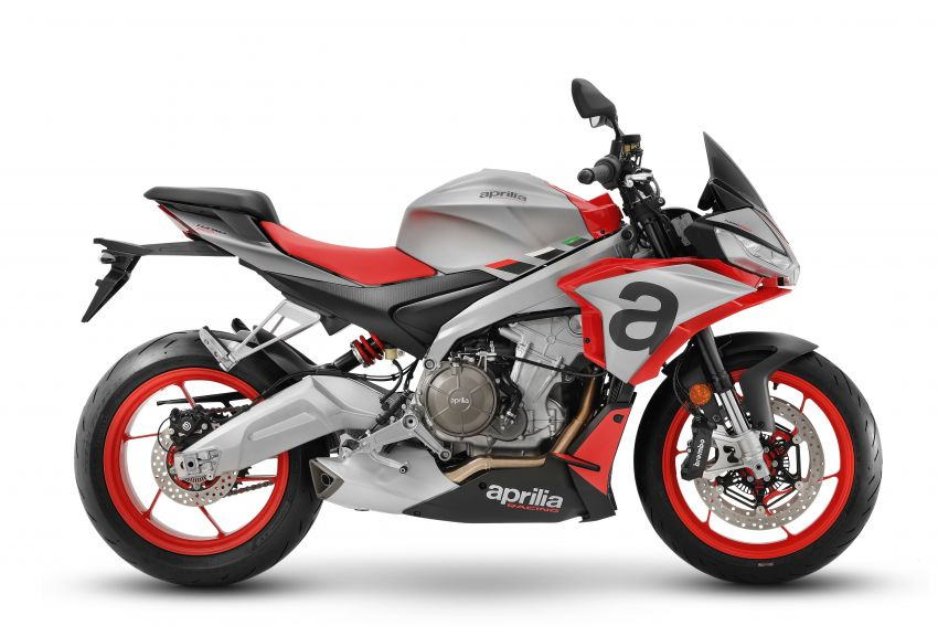 Aprilia Tuono 660 sport naked – 94 hp, 183 kg kerb weight; 47 hp version for restricted license riders Image #1232996