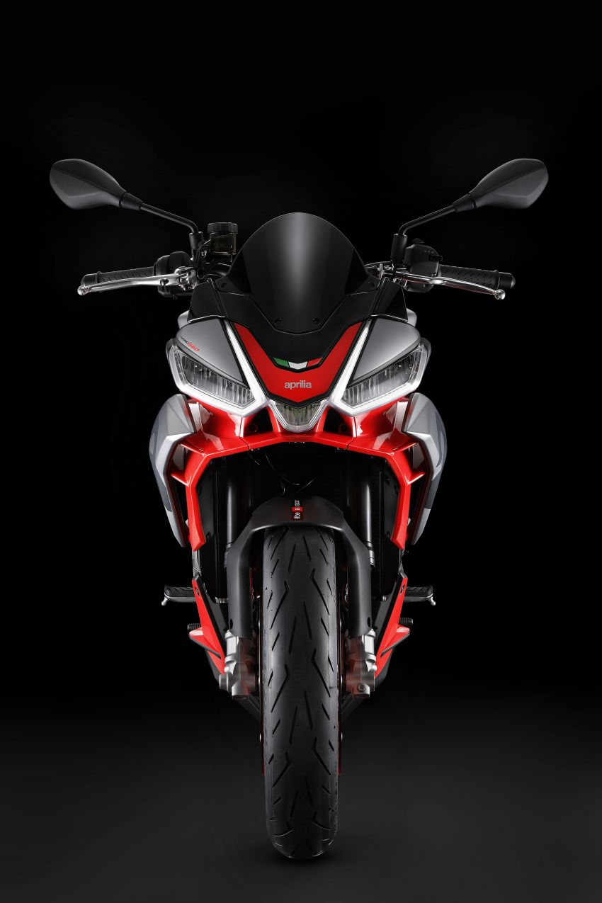 Aprilia Tuono 660 sport naked – 94 hp, 183 kg kerb weight; 47 hp version for restricted license riders Image #1232993