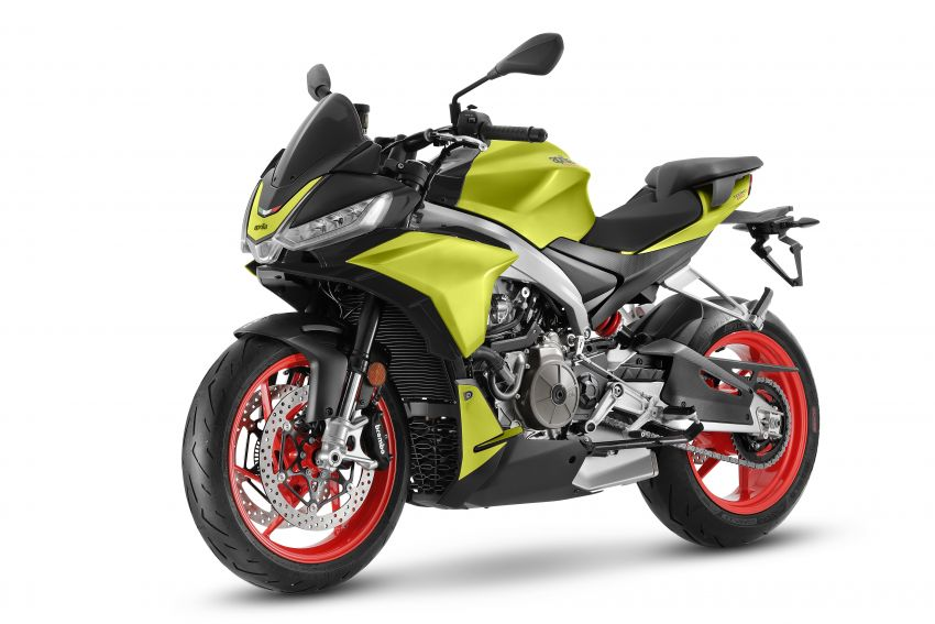 Aprilia Tuono 660 sport naked – 94 hp, 183 kg kerb weight; 47 hp version for restricted license riders Image #1233008
