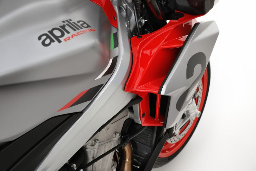 Aprilia Tuono 660 sport naked – 94 hp, 183 kg kerb weight; 47 hp version for restricted license riders Image #1232986