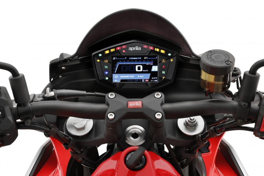 Aprilia Tuono 660 sport naked – 94 hp, 183 kg kerb weight; 47 hp version for restricted license riders Image #1232983