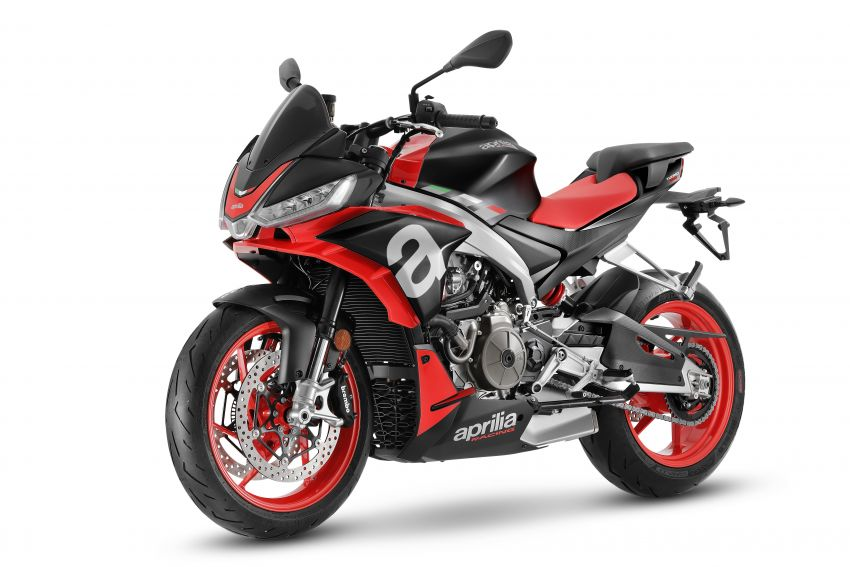 Aprilia Tuono 660 sport naked – 94 hp, 183 kg kerb weight; 47 hp version for restricted license riders Image #1233002