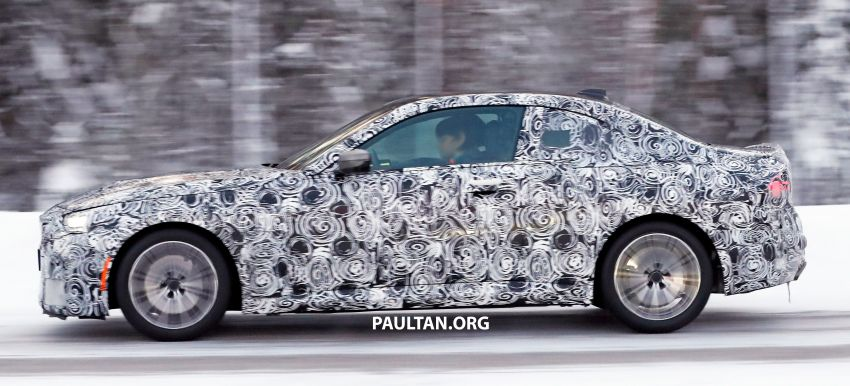 SPYSHOTS: 2021 BMW 2 Series Coupe on winter test Image #1238511