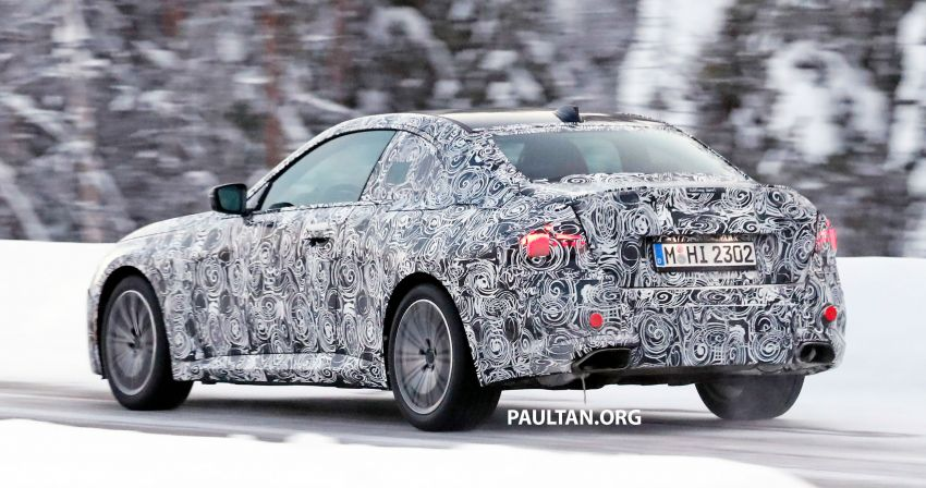 SPYSHOTS: 2021 BMW 2 Series Coupe on winter test Image #1238515