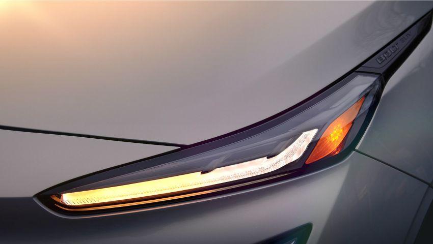 Chevrolet Bolt EUV teased again – digital gauge shown Image #1234177