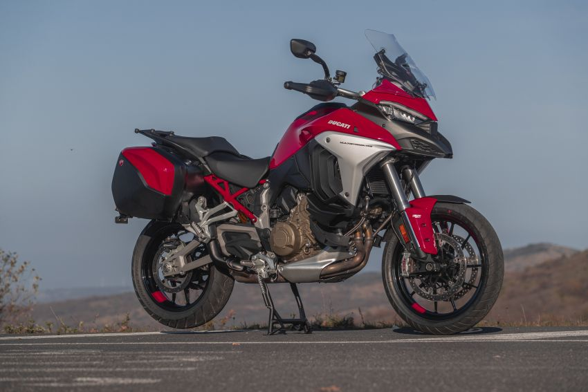 2021 Ducati Malaysia price list updated, new 2021 Ducati Hypermotard 950 RVE priced at RM80,900 Image #1236511
