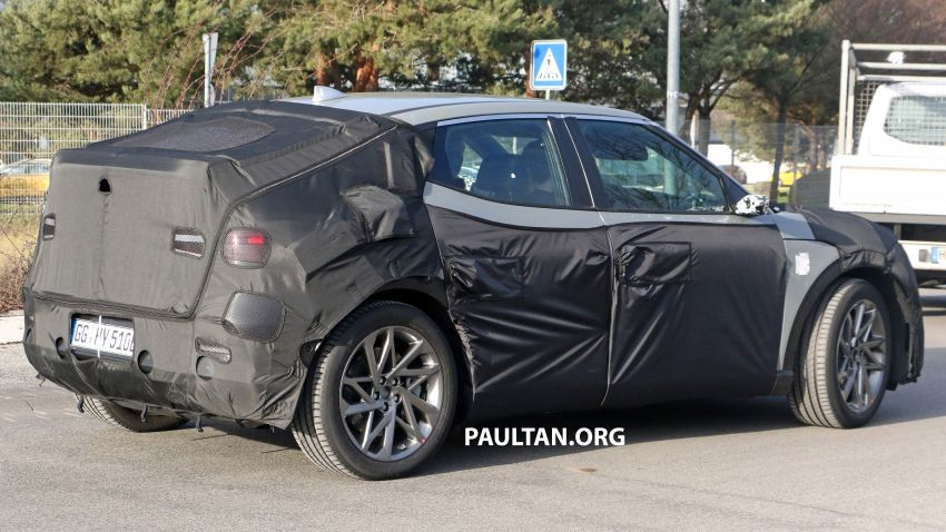 SPIED: Genesis electric crossover due later this year Image #1241935