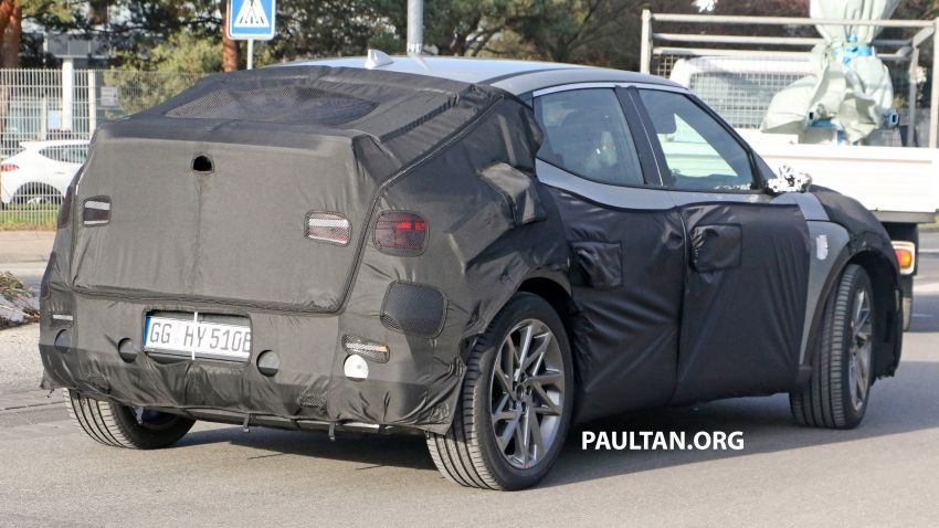 SPIED: Genesis electric crossover due later this year Image #1241936