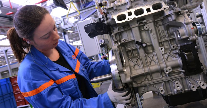 World's biggest diesel engine factory in France begins electric motor production – slow death for diesel? Image #1239086