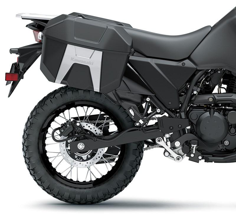Kawasaki KLR 650 2021 – beberapa bahagian terima peningkatan, ciri lasak yang digemari dikekalkan Image #1240869