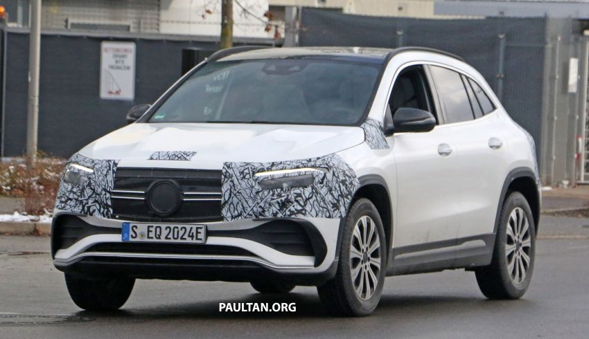 SPYSHOTS: Mercedes-Benz EQA seen with less camo Image #1234586