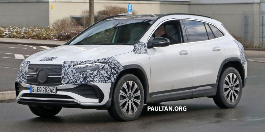 SPYSHOTS: Mercedes-Benz EQA seen with less camo Image #1234590