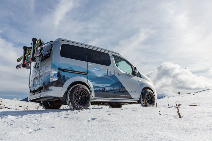 Nissan e-NV200 Winter Camper concept turns electric van into off-road motorhome with kitchen and beds Image #1238016