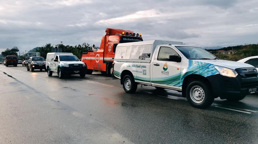 Petronas deploys ROVR pick-up trucks to flood-hit Temerloh – two locations in town, till January 15 Image #1233384