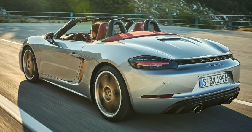 Porsche Boxster 25 Years revealed as tribute model – based on 718 Boxster GTS 4.0, limited to 1,250 units Image #1234270
