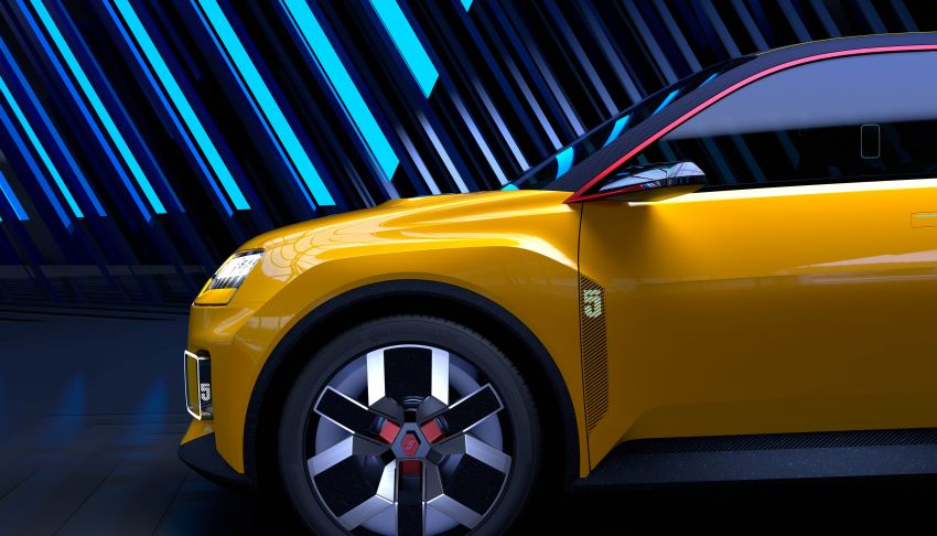New Renault 5 Prototype – classic hatch returns as EV Image #1235086