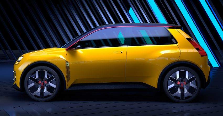 New Renault 5 Prototype – classic hatch returns as EV Image #1235087