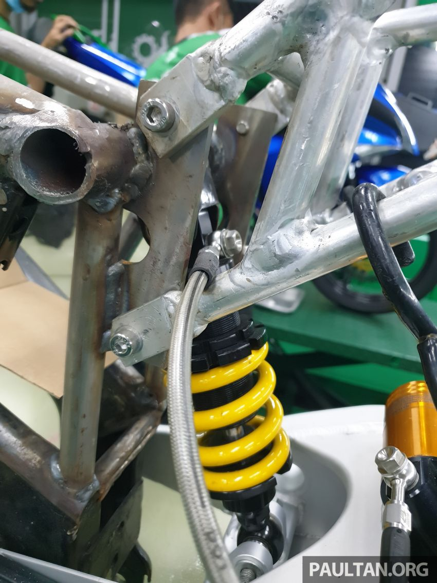 TKKR Racing's Moto 3 Y15ZR prototype takes shape Image #1232860