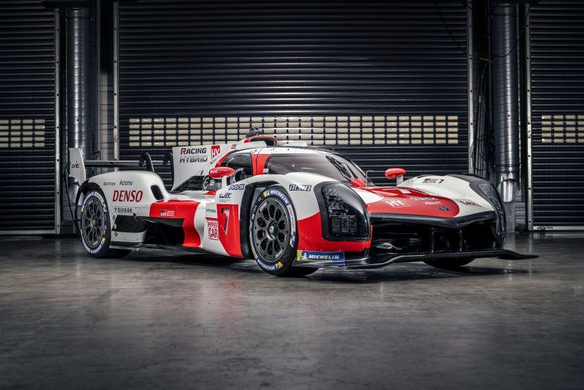 Toyota unveils GR010 Hybrid Le Mans Hypercar racer; 680 PS 3.5L biturbo V6, 272 PS front electric motor Image #1235130