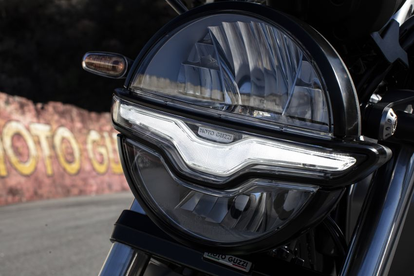 Moto Guzzi celebrates 100th anniversary in 2021  – Moto Guzzi V7, V9 and V85TT in centennial livery Image #1238346